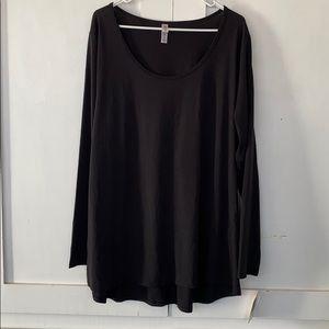 Lularoe Lynnae Black Long Sleeve Shirt